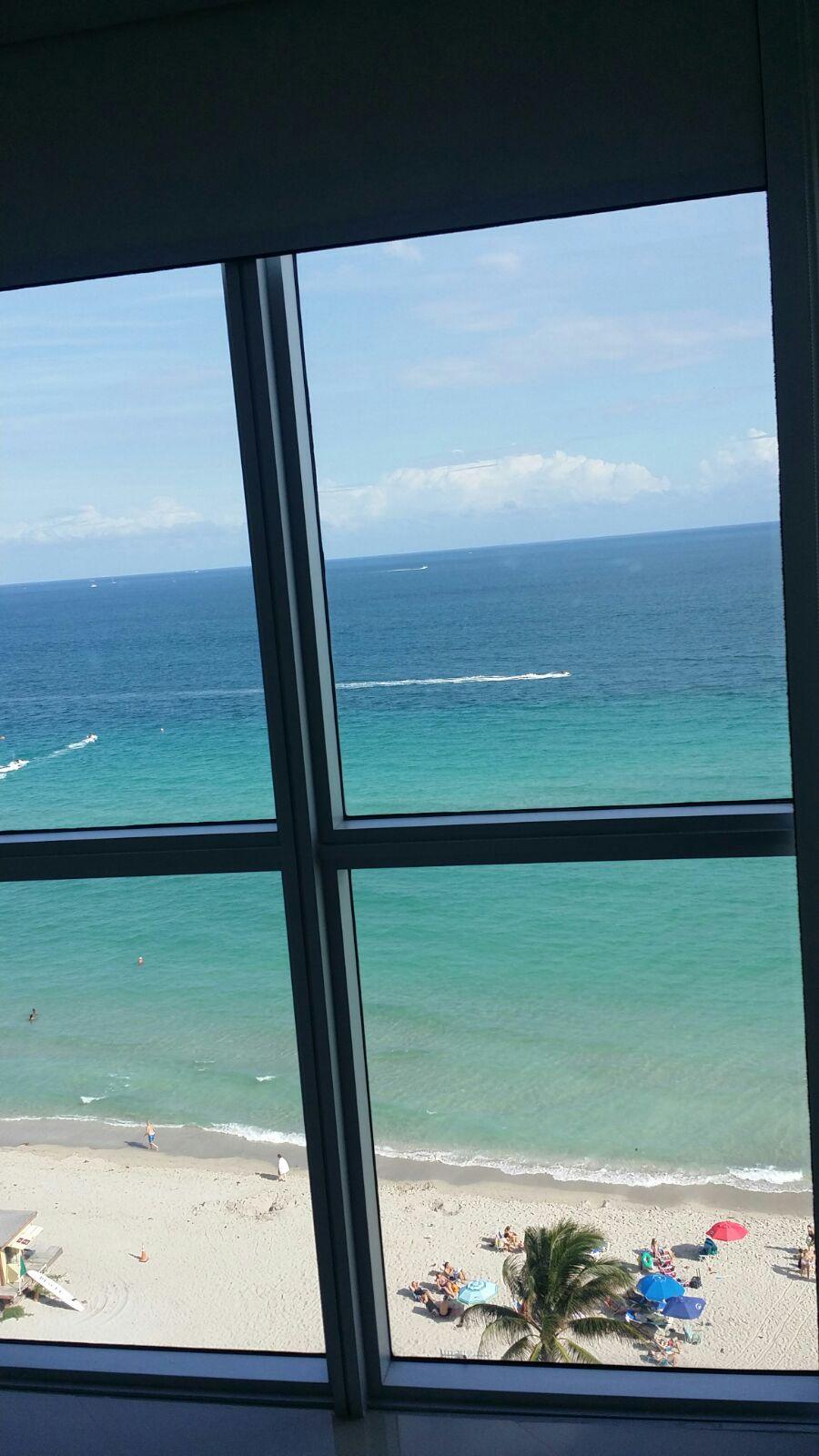 Apartamento 2 Dormitorios / 2 Baños Vista Franca al Mar hasta 7 Pax